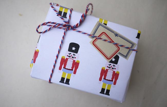 Christmas wrap5